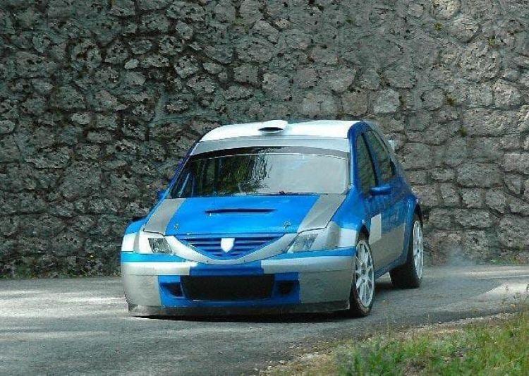 dacia-sandero-s2000