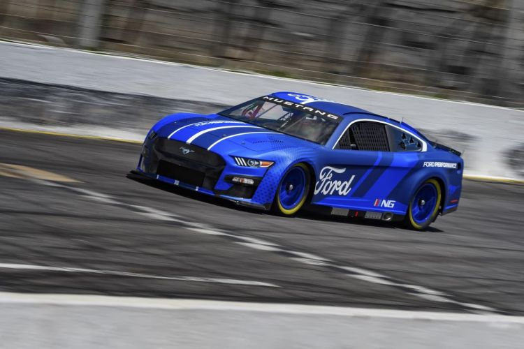 ford-mustang-nascar-cup-2022-next-gen-8