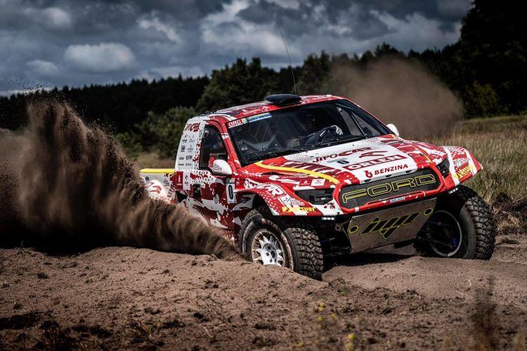 ford-raptor-shrek-t1plus-dakar-2022-rally-9