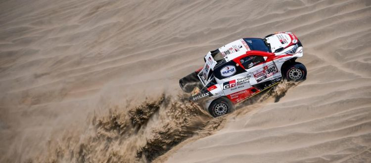 toyota-gazoo-racing-qatar-fernando-alonso-2019-dakar-1