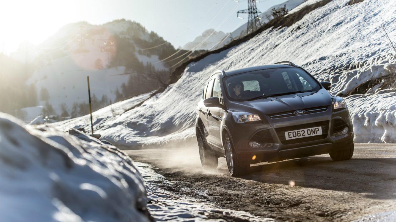 Ford Kuga carretera nieve