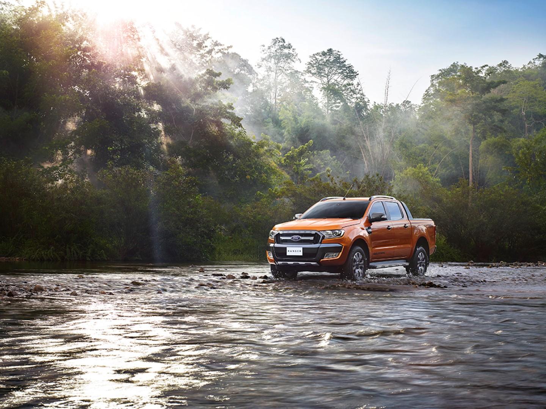 Ford2015_IAA_RangerWildtrak_002 (Custom)