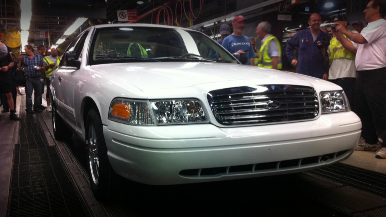 Ultimo-Ford-Crown-Victoria-fabricado.jpg