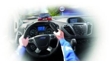 Ford2016_Transit_Custom_TrafficSignRecognition_13
