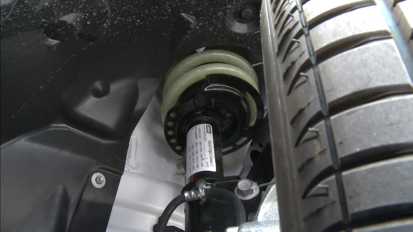 ford-fusion-lightweight-concept_muelles-delanteros-plastico