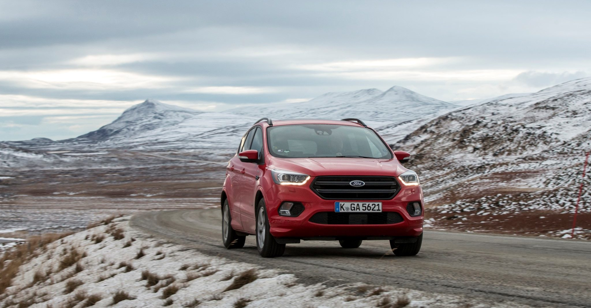 Ford KugAdventure_ST-Line_Race_Red_Kuga_136