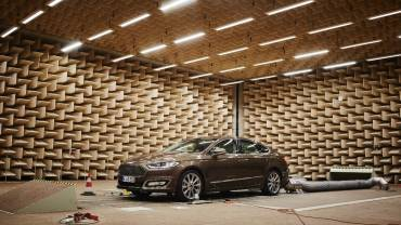 Ford-Mondeo-Vignale-Active-noise_cancelación de ruido_2