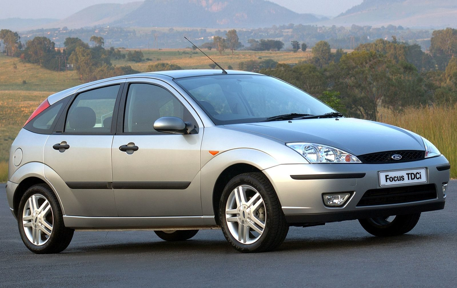 ford-focus-escort-1