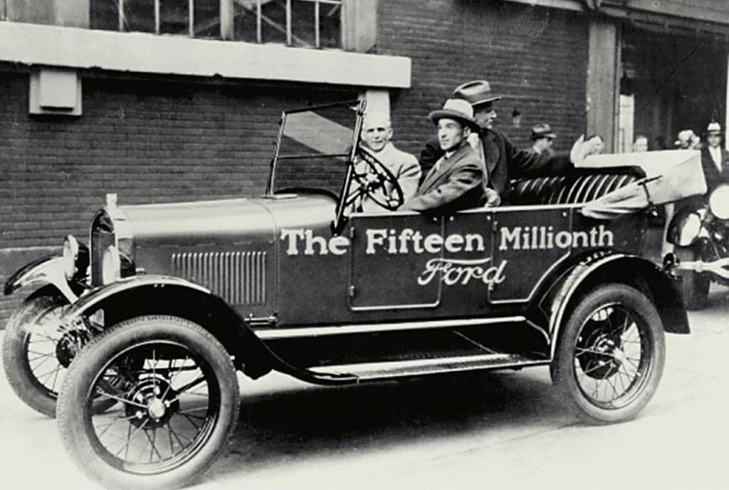 por qu el ford t es el coche m s importante de la historia espacio ford. Black Bedroom Furniture Sets. Home Design Ideas