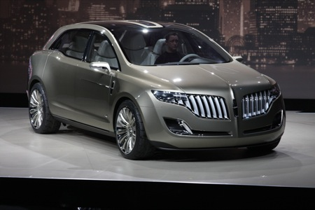 Detroit NAIAS Lincoln MKT