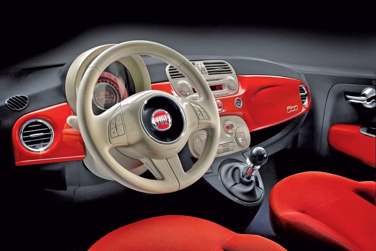 Fiat 500 precios prueba ficha t cnica fotos y pruebas for Interieur fiat 500