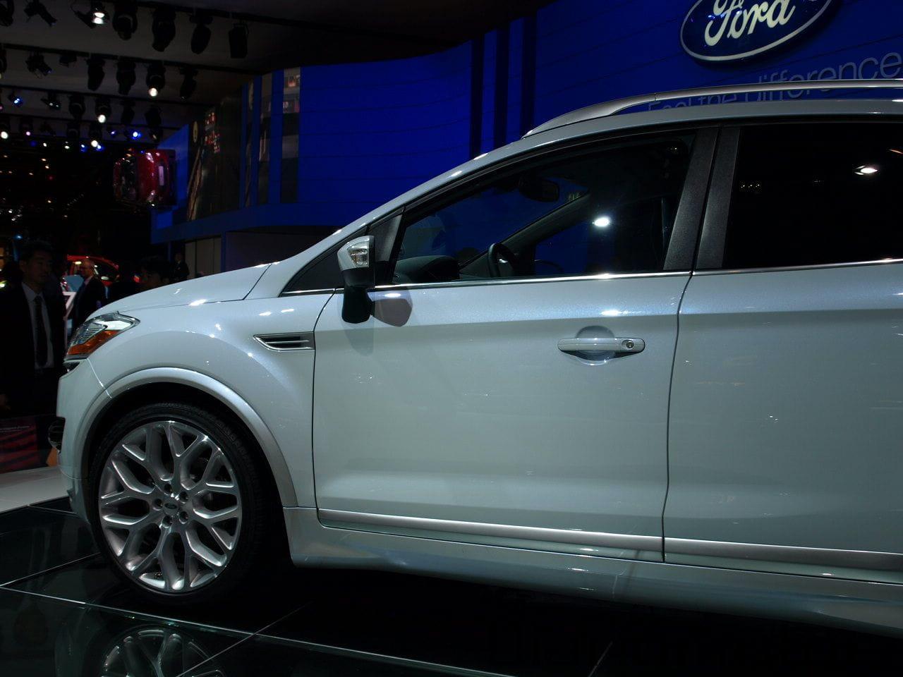 Ford kuga individual en par s 2008 diariomotor for Garage ford paris 11