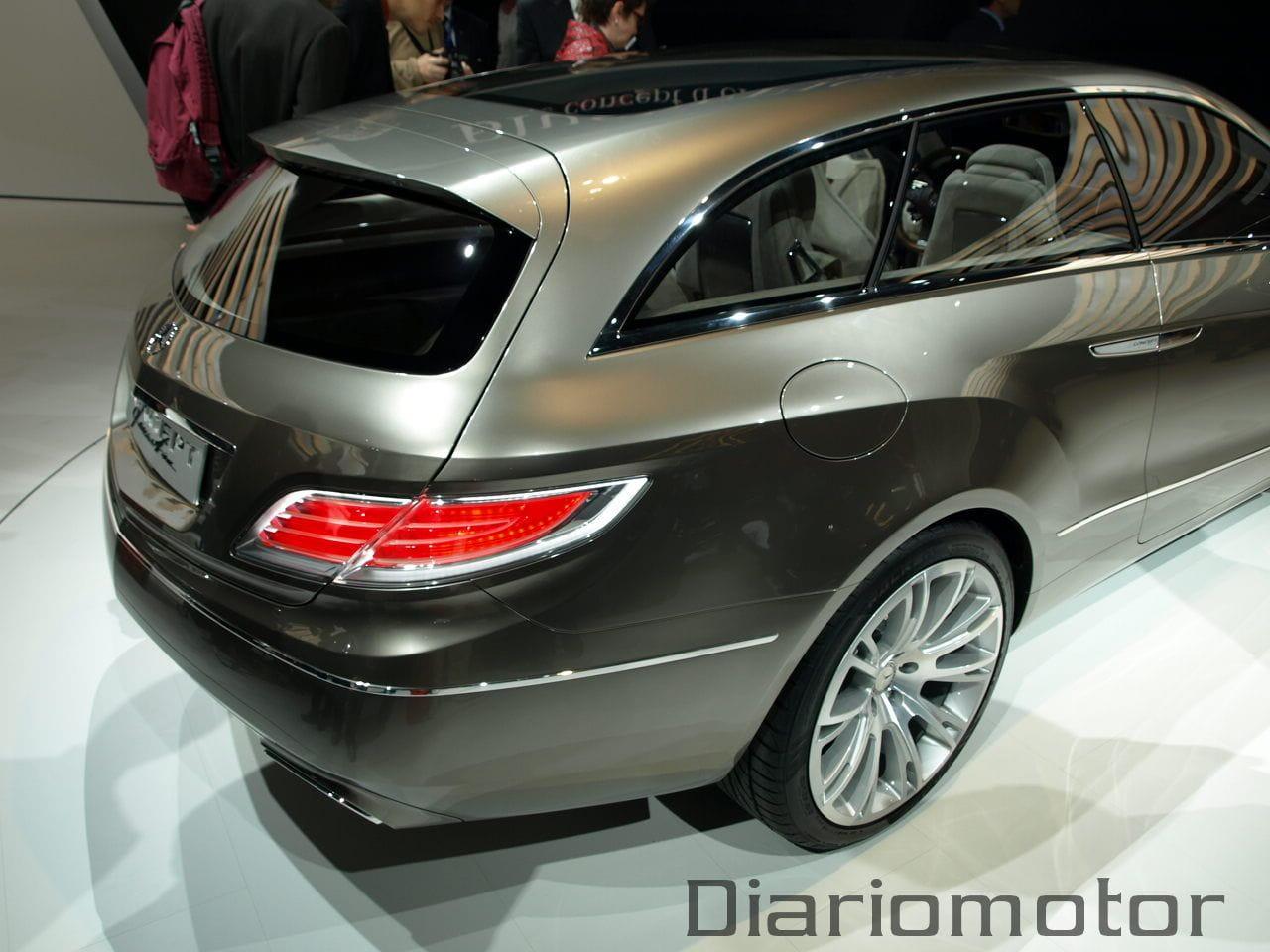 Mercedes conceptfascination en par s 2008 diariomotor for Garage mercedes paris 11