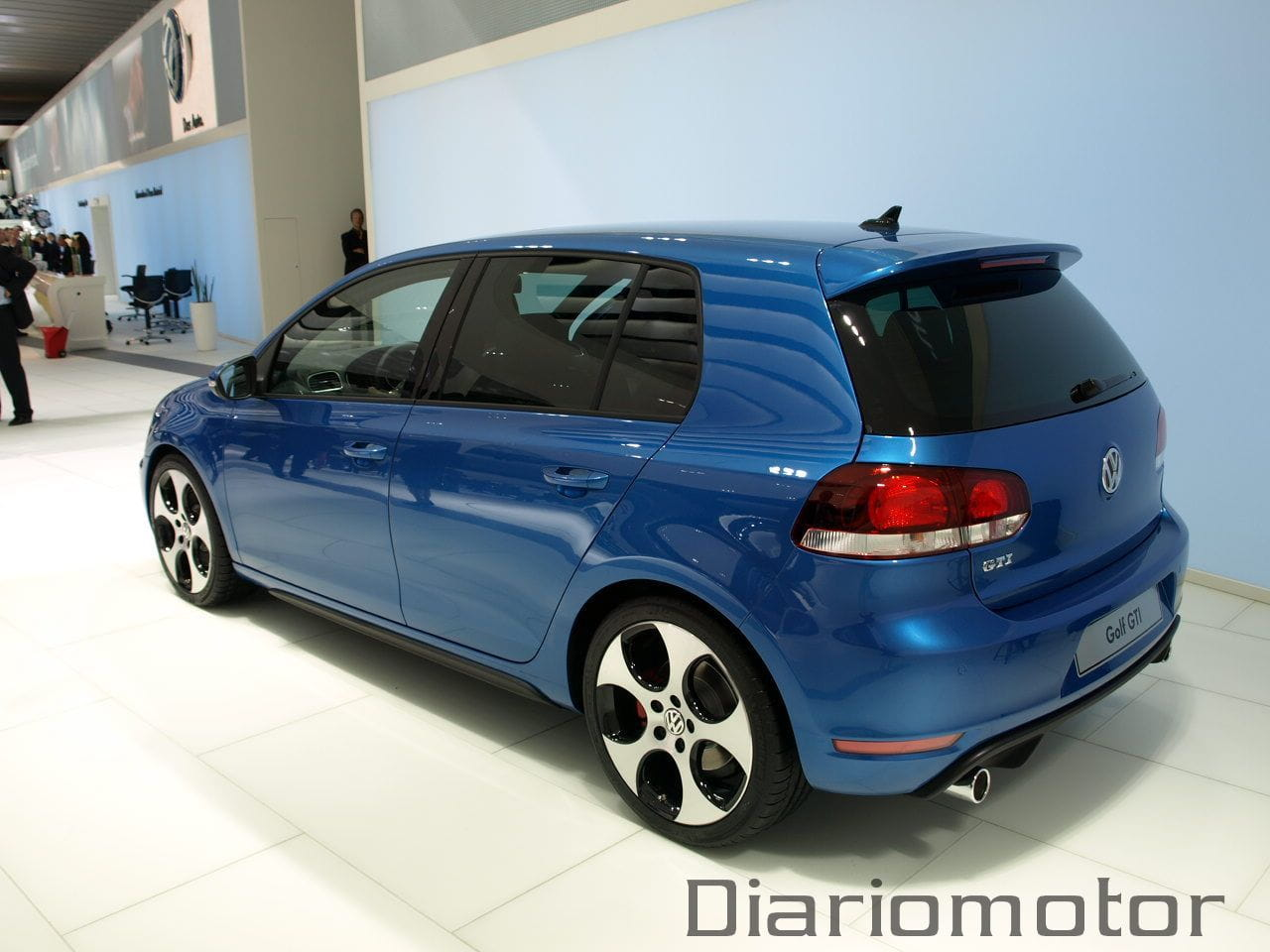 volkswagen golf gti en par s 2008 foto 8 de 13. Black Bedroom Furniture Sets. Home Design Ideas