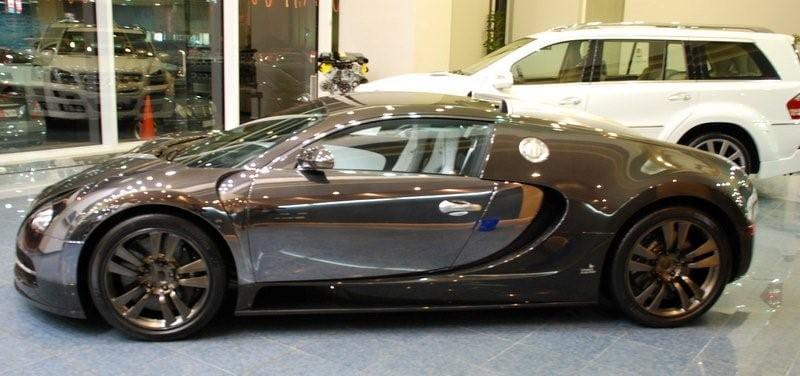 bugatti veyron vincero por mansory foto 3 de 9. Black Bedroom Furniture Sets. Home Design Ideas