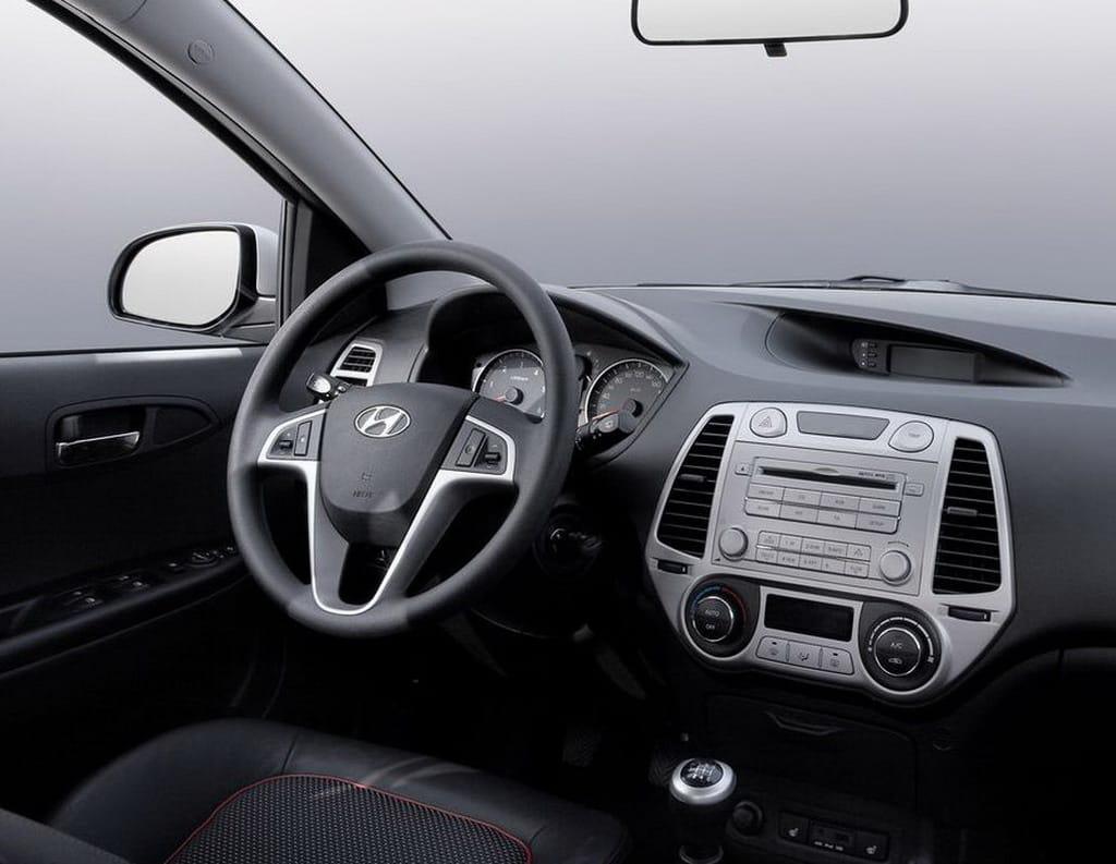 Hyundai i20 foto 1 de 21 - Hyundai i20 interior ...