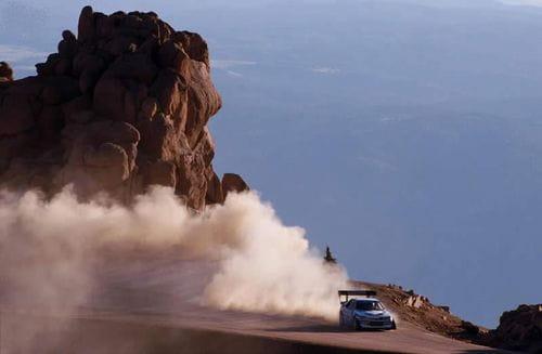 Ari Vatanen en el ascenso a Pikes Peak, maestría al volante