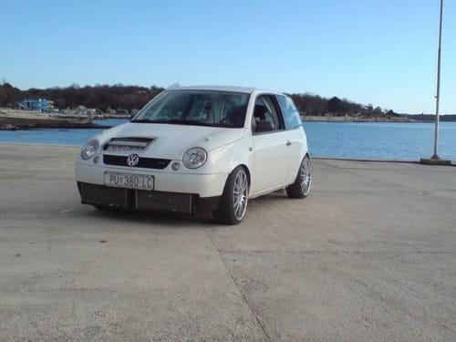Cómo acelera un Volkswagen Lupo con 500 CV, vídeo