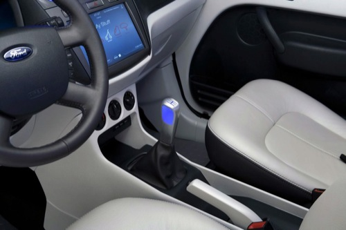 ford-transit-connect-family-one-concept-02%20copia.jpg