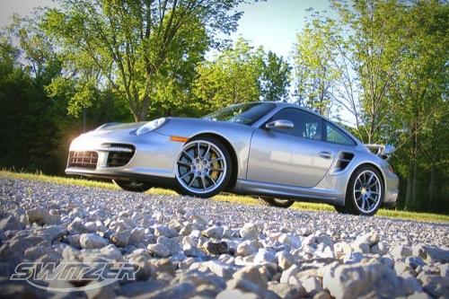 Porsche 911 GT2 a lo Switzer, discreto por fuera y brutal de corazón