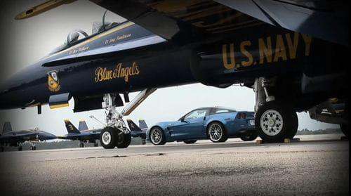El Corvette ZR1 se enfrenta en vídeo a un caza F/A-18 Hornet