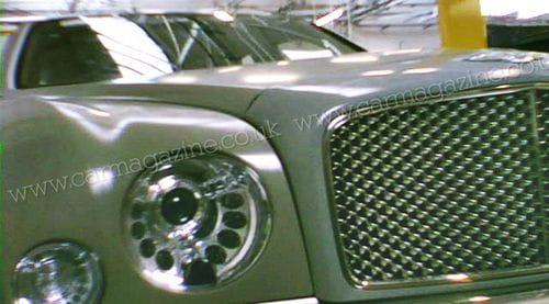 Grand Bentley, cazado al descubierto