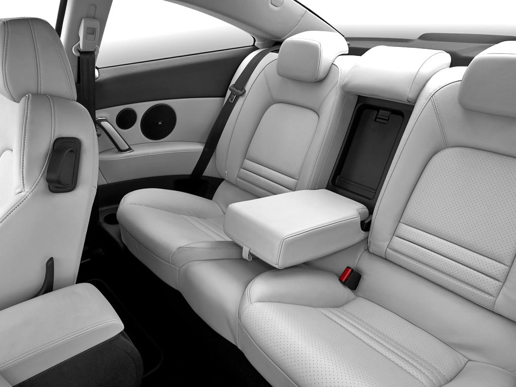 Peugeot 407 coupe interior images for Interieur 407