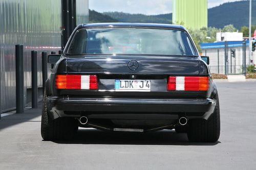 Retro-tuning para el Mercedes 560 SE de la mano de INDEN-Design