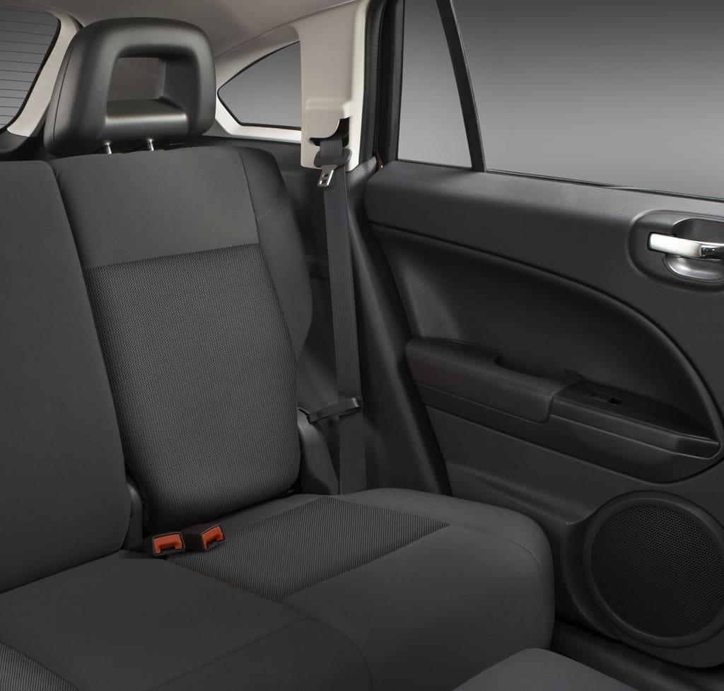 Dodge Caliber Precios Prueba Ficha T 233 Cnica Y Fotos