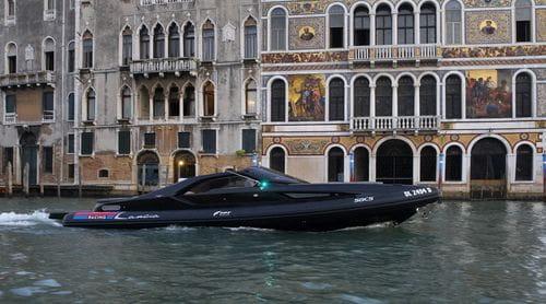 Lancia di Lancia, Venecia y Catrinel Menghia