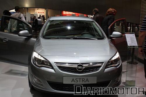 Opel Astra 2010 en Frankfurt 2009