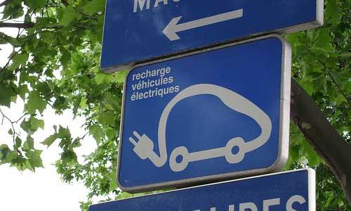panel coche eléctrico.jpg