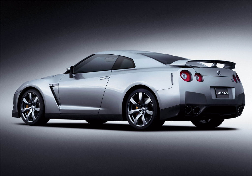 nissan gtr in the 18 mile autos post. Black Bedroom Furniture Sets. Home Design Ideas