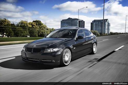 BMW 335i de cuatro puertas embellecido por WheelSTO