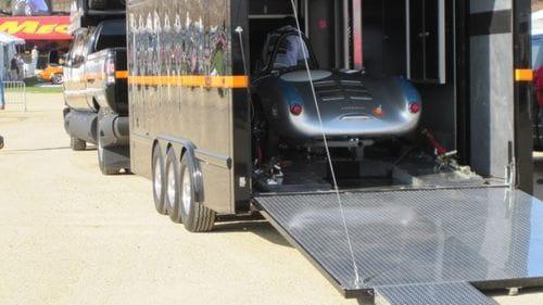 El pick-up más grande del mundo está en el SEMA: Dunkel Industries Luxury 4x4