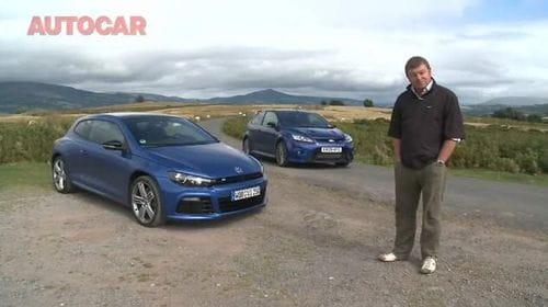 Volkswagen Scirocco R contra Ford Focus RS, duelo azul en vídeo