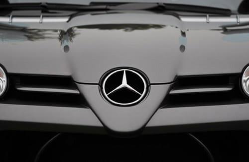 Mercedes busca nuevo slogan