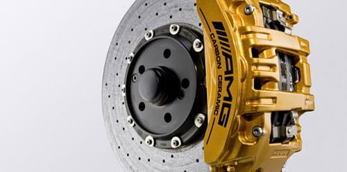pruebas de frenos del Mercedes SLS