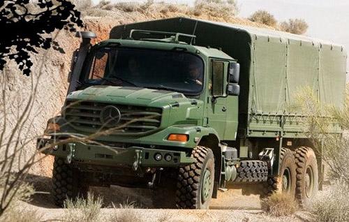 Mercedes Zetros para uso civil