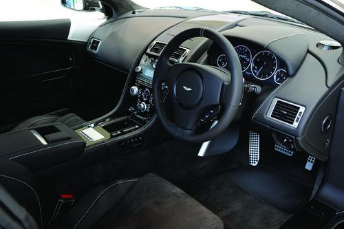Aston Martin DBS Carbon Black Edition