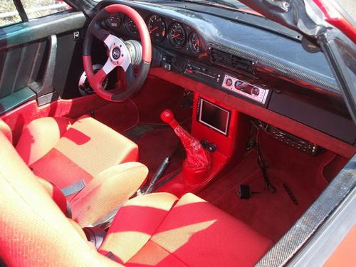 Cómo pasar de un Porsche 911 Cabriolet del 77 a un amago de 959 Speedster