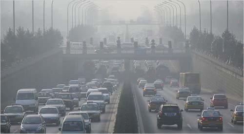 Pekín no limitará la venta de coches
