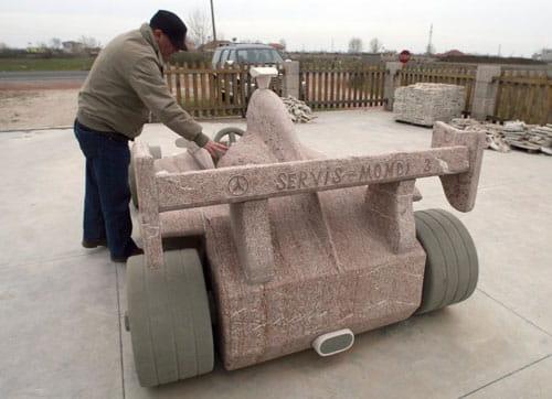 F1 construido en piedra