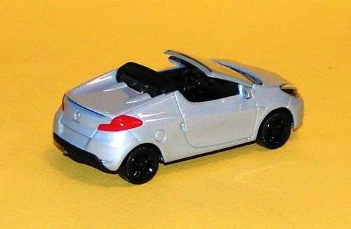 El Renault Twingo CC se desnuda de una manera poco habitual