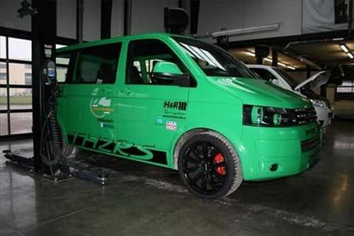 TH2RS Volkswagen Multivan, el poder de la furgoneta más rápida