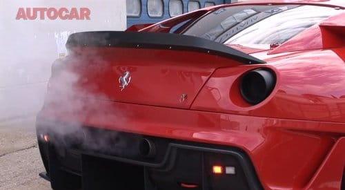 Autocar y su prueba en vídeo del Ferrari 599XX en circuito