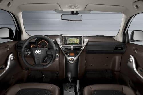 Toyota iQ2 Zan Shin 1.3 VVT-i MultiDrive