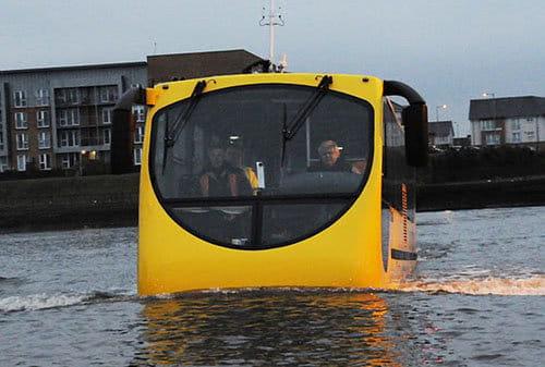 Autobus anfibio
