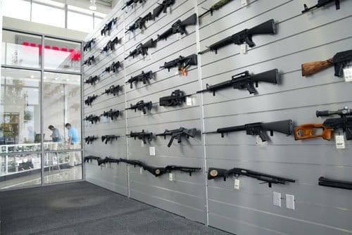 Hummer Lynch, concesionario donde regalan una escopeta al comprar un Hummer