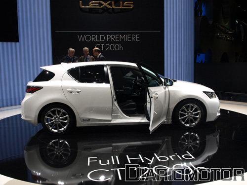 lexus-ct-200h-premiere-ginebra-5%20copia.jpg